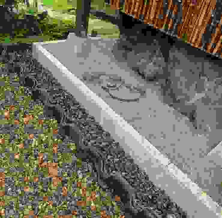 瓦の雨落ち オリジナルな 庭 の 木村博明 株式会社木村グリーンガーデナー オリジナル