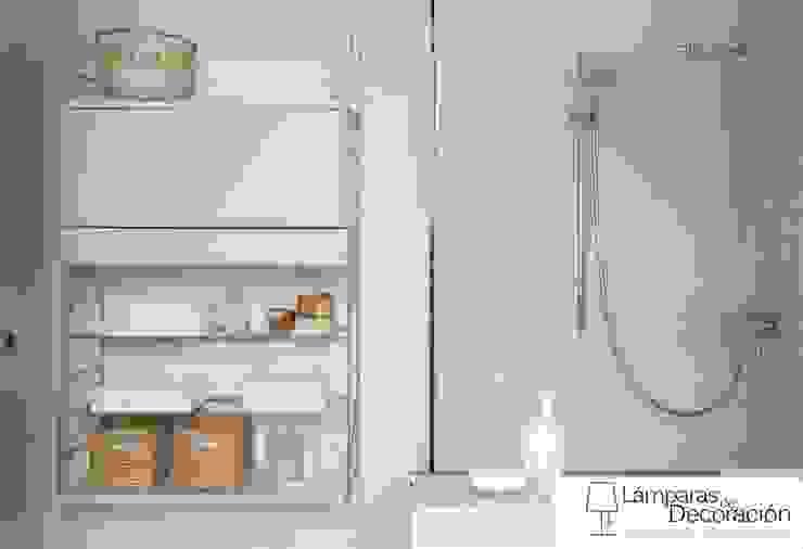 LÁMPARAS DE DECORACIÓN Minimalist bathroom
