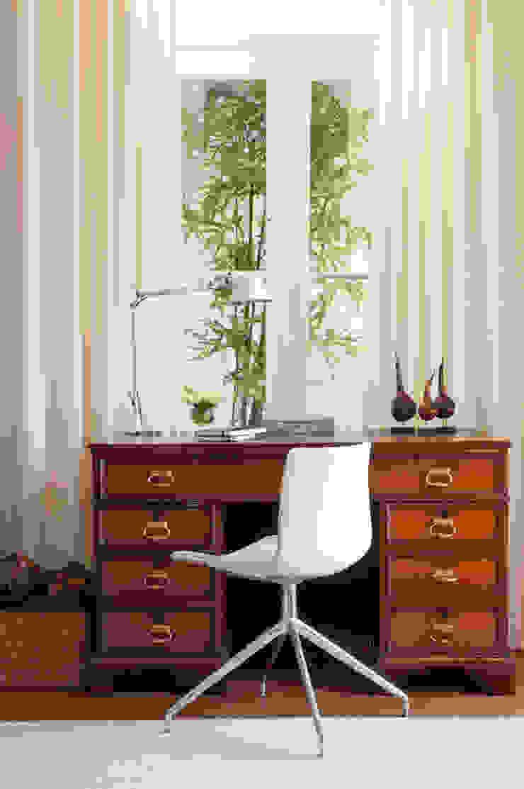 LAVRADIO DESIGN Classic style study/office