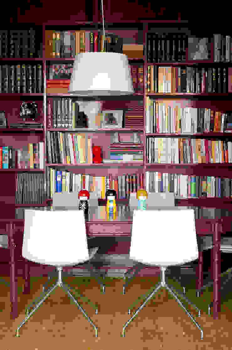 Sala de Jantar Salas de jantar clássicas por LAVRADIO DESIGN Clássico