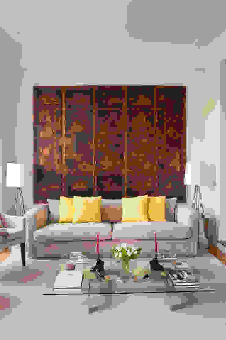 Pormenor Sala Salas de estar clássicas por LAVRADIO DESIGN Clássico