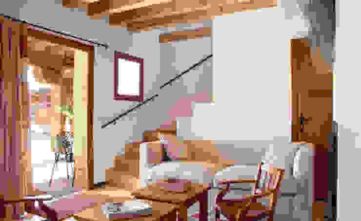Casas EPPD Jacobo Lladó Estudio de Arquitectura Salones de estilo rural