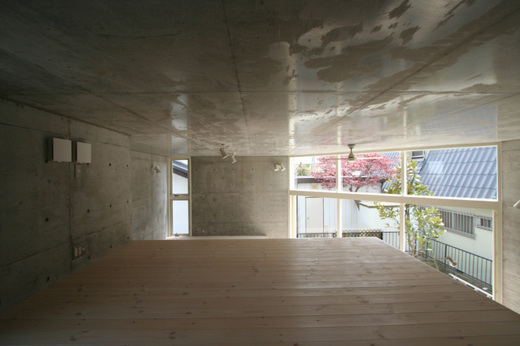 立体一室住居 モダンスタイルの寝室 の STUDIO POH モダン
