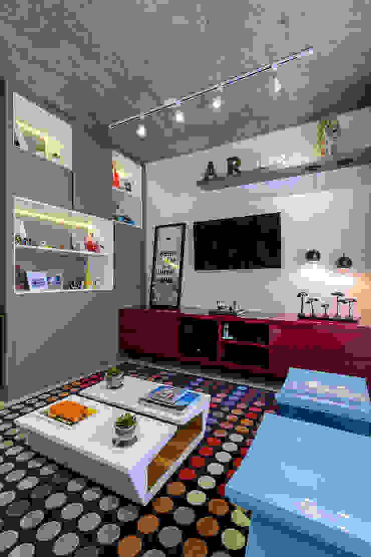 Adriana Pierantoni Arquitetura & Design Modern media room