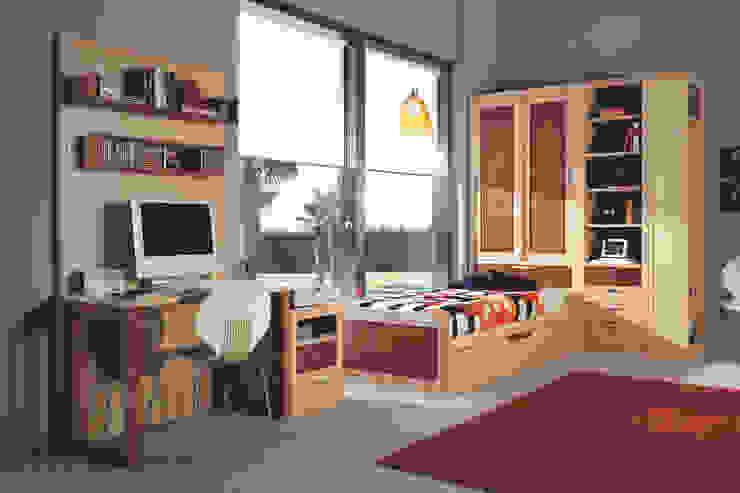 Dormitorios infantiles de estilo clásico de Neopolis Casa Clásico