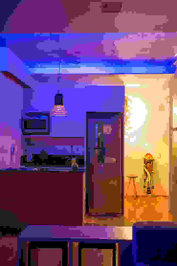 Ruang Keluarga Modern Oleh Casa100 Arquitetura Modern