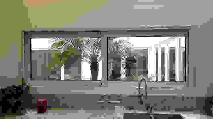 Dapur Klasik Oleh Productos Cristalum Klasik Aluminium/Seng