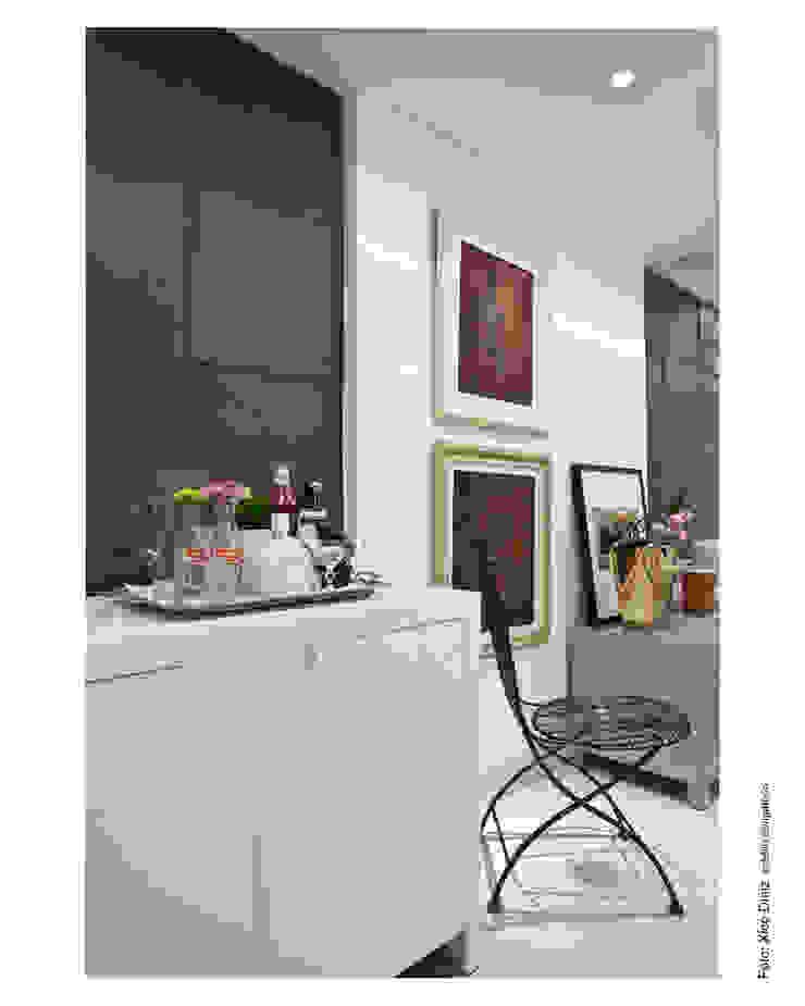 Nowoczesny korytarz, przedpokój i schody od Wesley Lemos Arquitetura & Design Nowoczesny