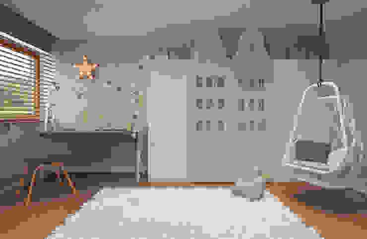 Minimalistyczny pokój dziecięcy od homify Minimalistyczny