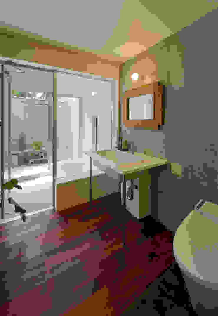 サンクンガーデンのある浴室 和風の お風呂 の アール・アンド・エス設計工房 和風