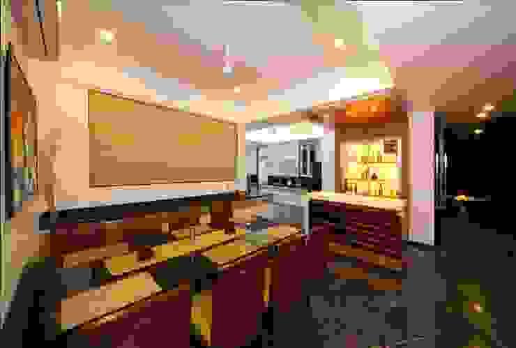 SKI Villa @ Aamby Valley, Lonavala, Pune GreenLounge Modern dining room