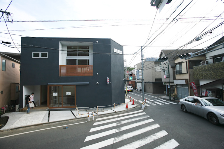 Casas modernas por 一級建築士事務所 本間義章建築設計事務所 Moderno