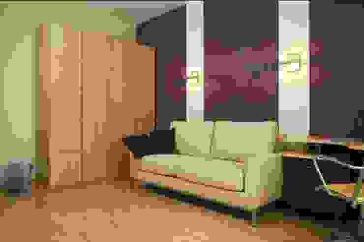 Реализованный проект интерьеров квартиры 124 кв. метра в ЖК Город солнца Рабочий кабинет в стиле минимализм от интерьеры от частного дизайнера Минимализм