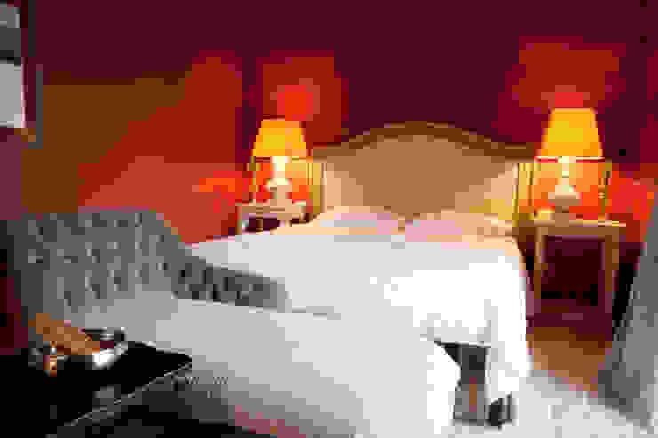 Classic style bedroom by Anna Paghera s.r.l. - Interior Design Classic