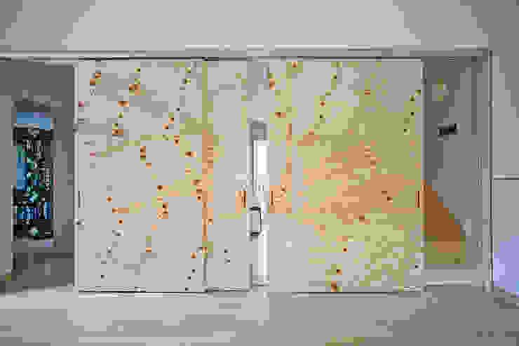 根據 (주)유타건축사사무소 現代風 木頭 Wood effect