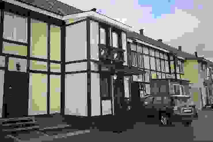 Коттедж 150 кв.м. в Энгельсе, Волжский проспект Дома в стиле модерн от hq-design Модерн