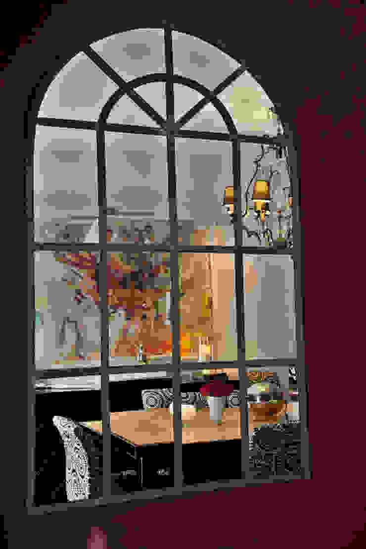 Apartamento em Cascais Salas de jantar modernas por Pureza Magalhães, Arquitectura e Design de Interiores Moderno