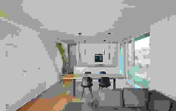 Salon moderne par Möhring Architekten Moderne