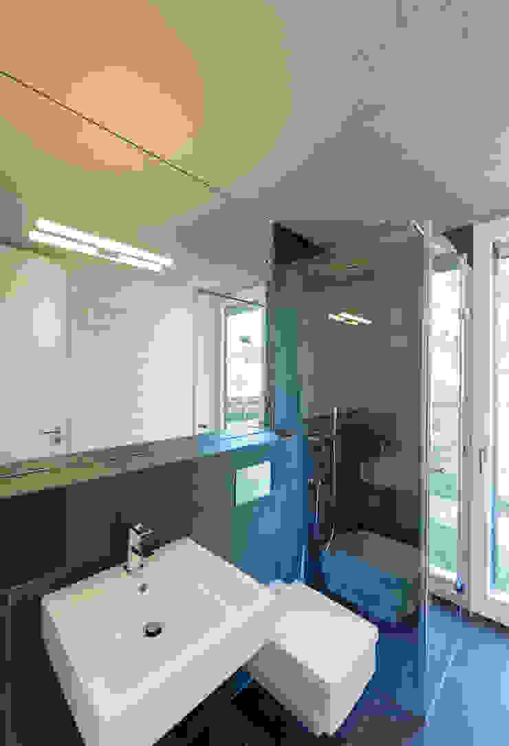 Bad EG Moderne Badezimmer von Möhring Architekten Modern