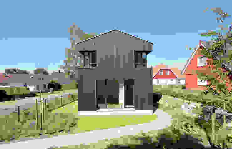 Casas modernas: Ideas, imágenes y decoración de Möhring Architekten Moderno
