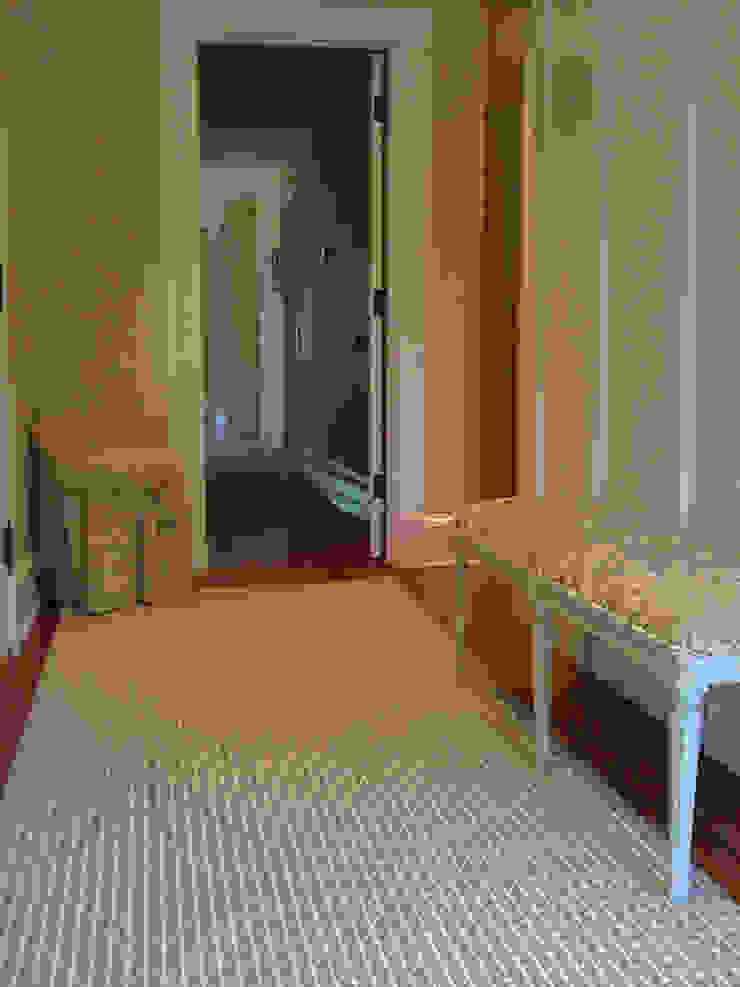 Honiton 16 Landing Runner Fleetwood Fox Ltd Classic style corridor, hallway and stairs Grey