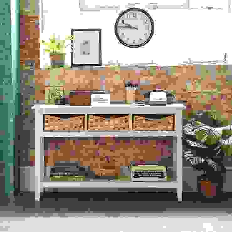 Farmhouse Ivory Console Table 乡村风格的走廊,走廊和楼梯 根據 The Cotswold Company 鄉村風 木頭 Wood effect
