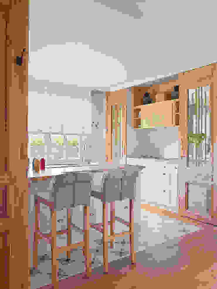 BELEN FERRANDIZ INTERIOR DESIGN Kitchen