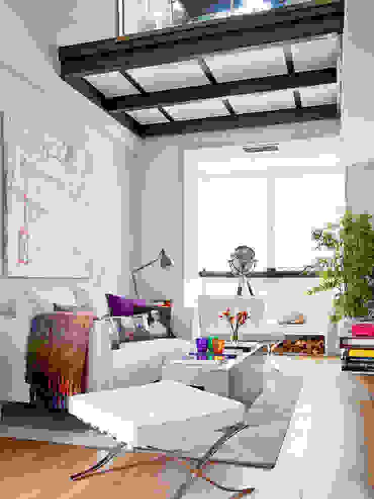 BELEN FERRANDIZ INTERIOR DESIGN Modern Living Room