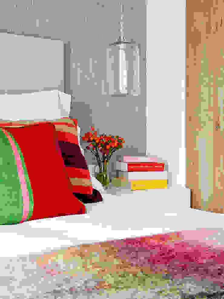 BELEN FERRANDIZ INTERIOR DESIGN Modern Bedroom