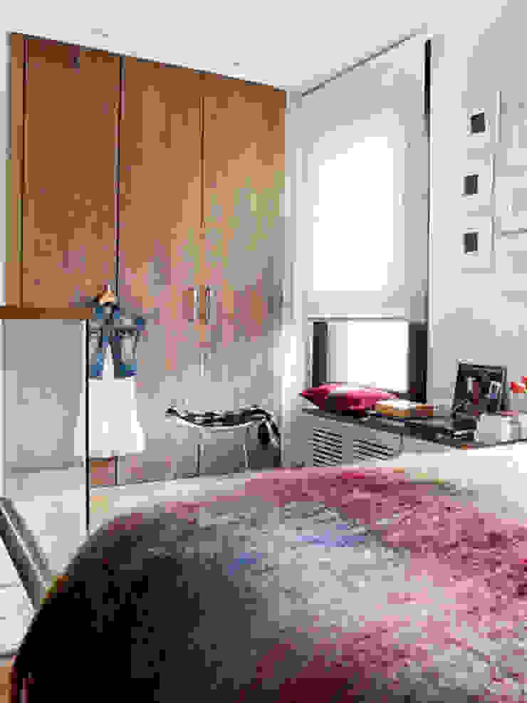 BELEN FERRANDIZ INTERIOR DESIGN Modern Dressing Room