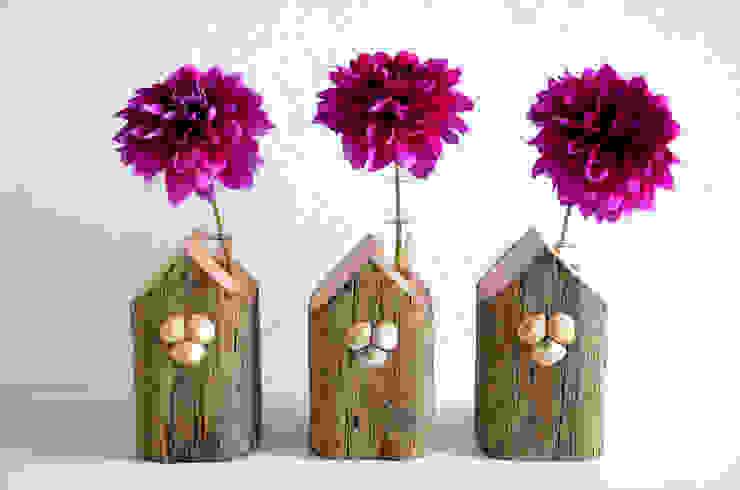 por homify Escandinavo Madeira Acabamento em madeira