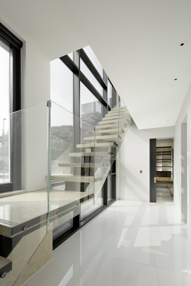Casa 911 by Design Tomorrow INC. 모던