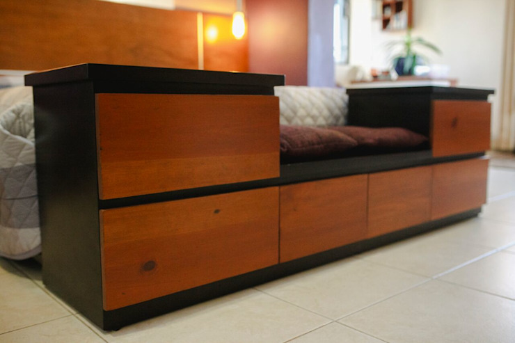 Eclectic style bedroom by Arq Mobil Eclectic Wood Wood effect