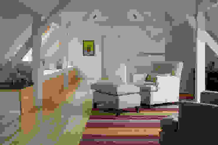 Гостиная в стиле модерн от Paula Herrero | Arquitectura Модерн