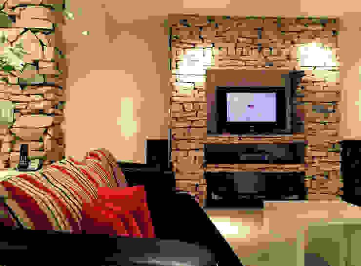 ARQUITECTURA INTRERIOR Salas multimedia modernas de CubiK Moderno Piedra