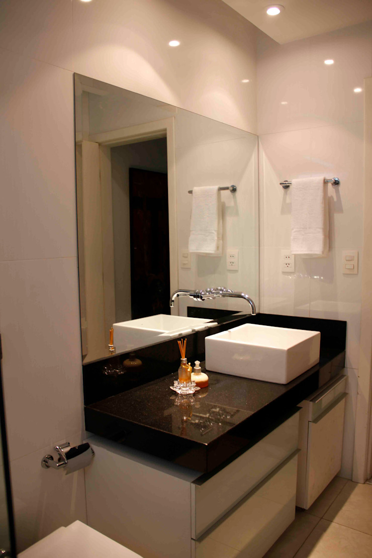 Na Lupa Design Classic style bathrooms
