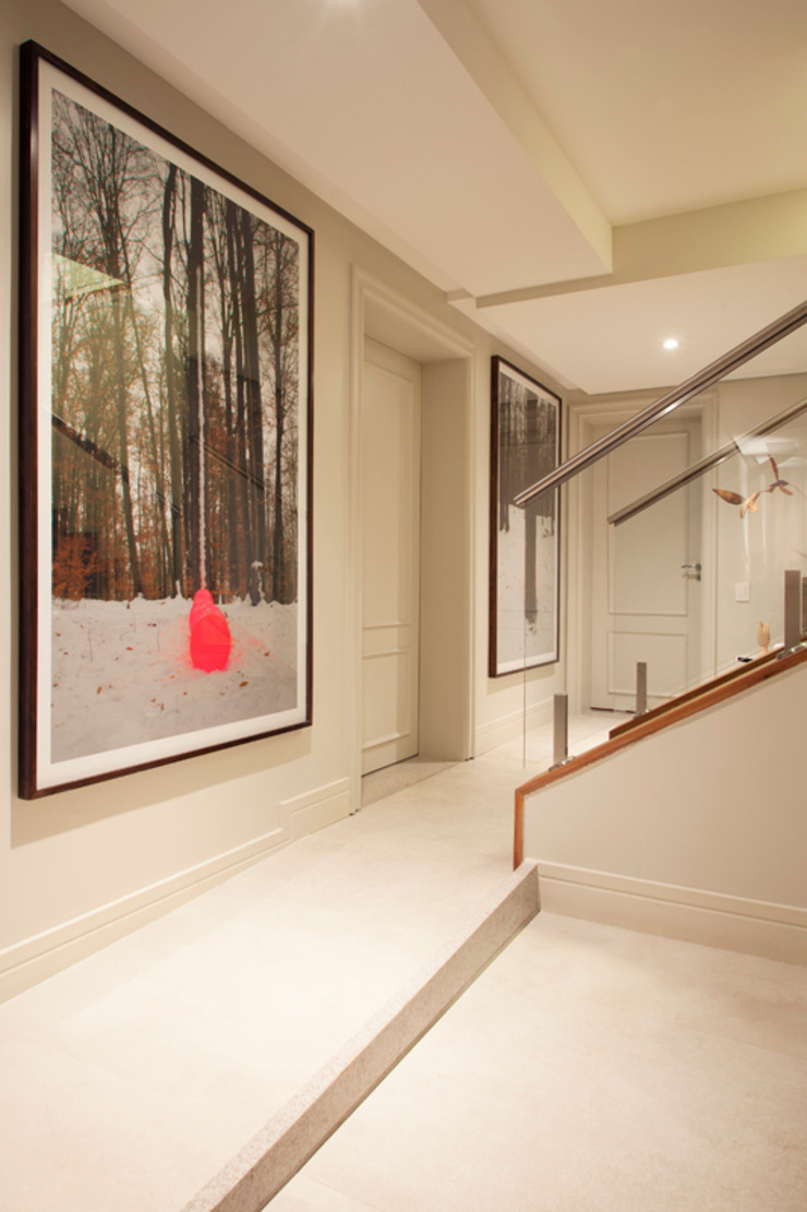 根據 Deborah Basso Arquitetura&Interiores 簡約風 水泥