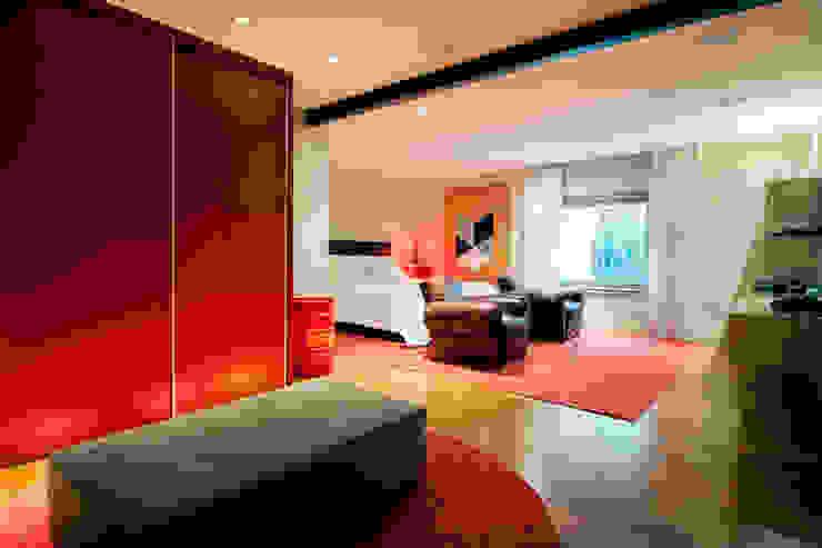根據 Deborah Basso Arquitetura&Interiores 簡約風 木頭 Wood effect