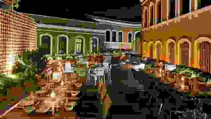 ROMANO DİZAYN – W HOTEL AKARETLER: modern tarz , Modern Ahşap-Plastik Kompozit