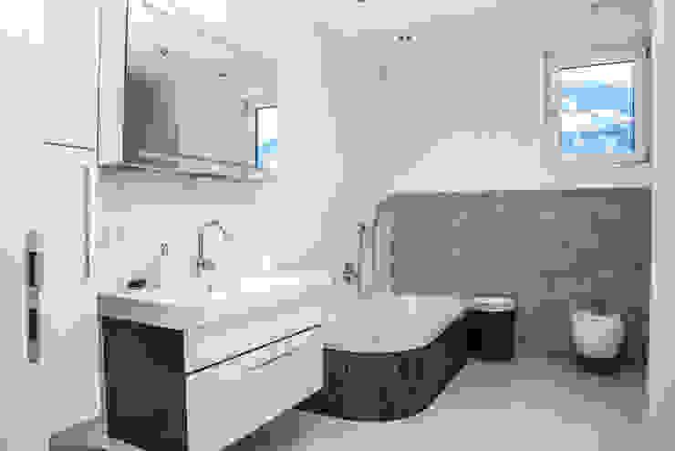 Moderne muren & vloeren van IBOD Wand & Boden Modern