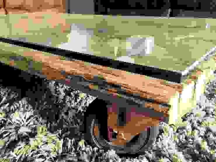Tisch von blonddesign Ausgefallen Holz Holznachbildung