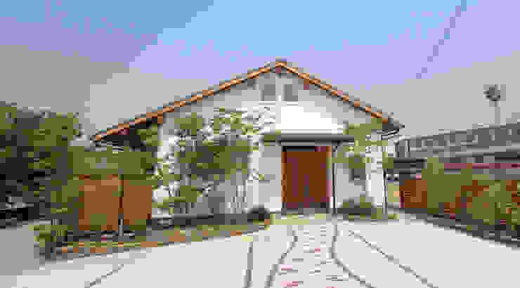日向石を使った庭を使った庭 オリジナルな 家 の 株式会社粋の家 オリジナル