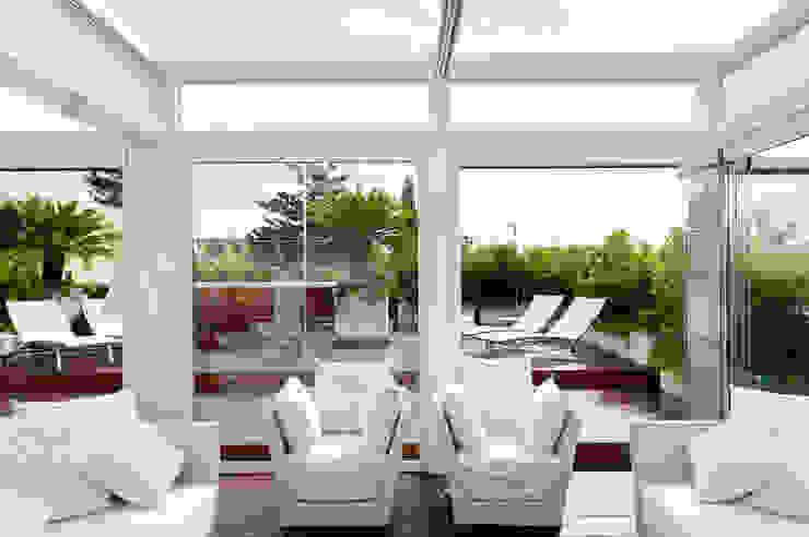 Modern Living Room by Francesca Cirilli Modern