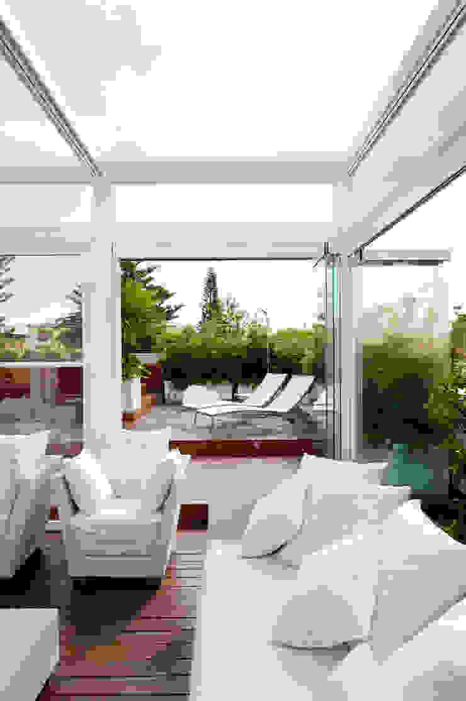 Modern Terrace by Francesca Cirilli Modern