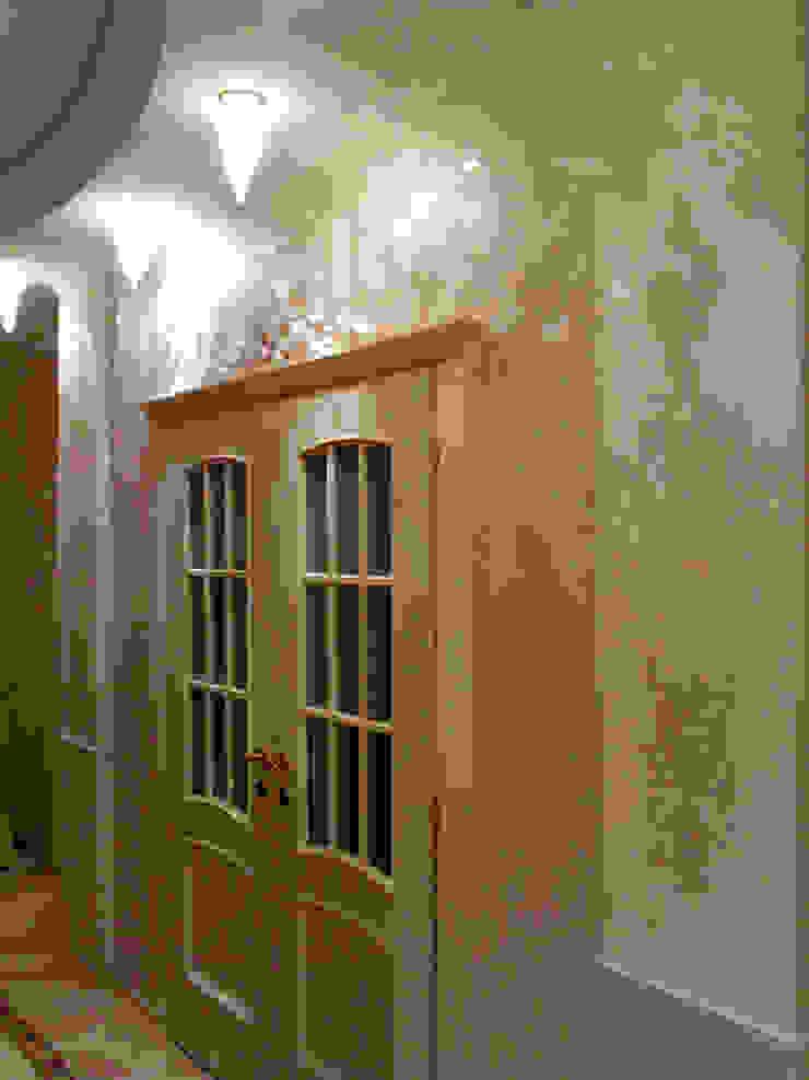 вход в коридоре Коридор, прихожая и лестница в классическом стиле от Золотой Век Классический
