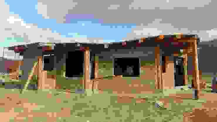 Casas de estilo  por Ecohacer Bioarquitectura y Bioconstrucción, Rural