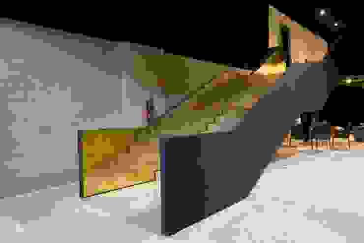 Casa Italia Boutique-Mexico City Pasillos, vestíbulos y escaleras modernos de Elías Arquitectura Moderno