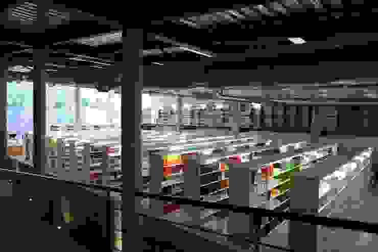 Centro Académico Cultural Estudios y despachos modernos de Elías Arquitectura Moderno