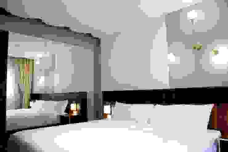 Flor de Mayo Hotel & Restaurant Dormitorios modernos de Elías Arquitectura Moderno