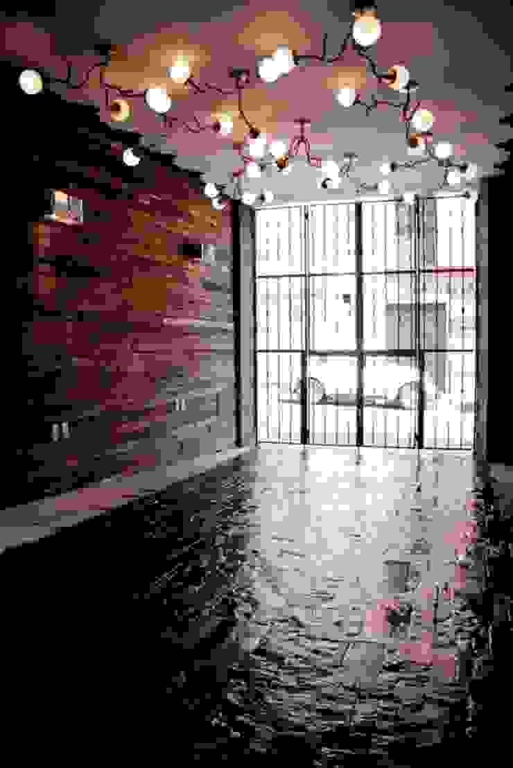 Flor de Mayo Hotel & Restaurant Salones modernos de Elías Arquitectura Moderno